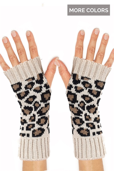 Picture of Leopard Fingerless Gloves