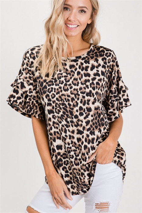 Picture of Curvy Flutter Sleeve Leopard Top 🇺🇸
